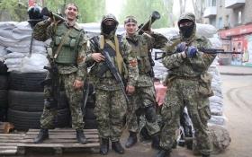 В оккупированном Луганске людей разгоняли автоматами за желание позвонить по телефону - очевидец