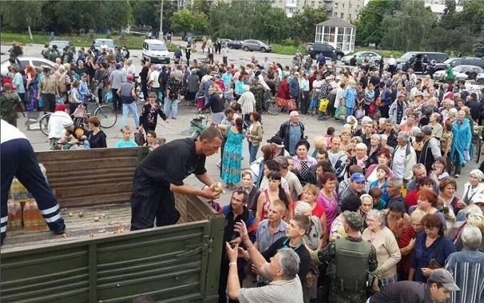 Очевидець докладно розповів, як ДНРівці збирали людей, щоб їх обстріляти