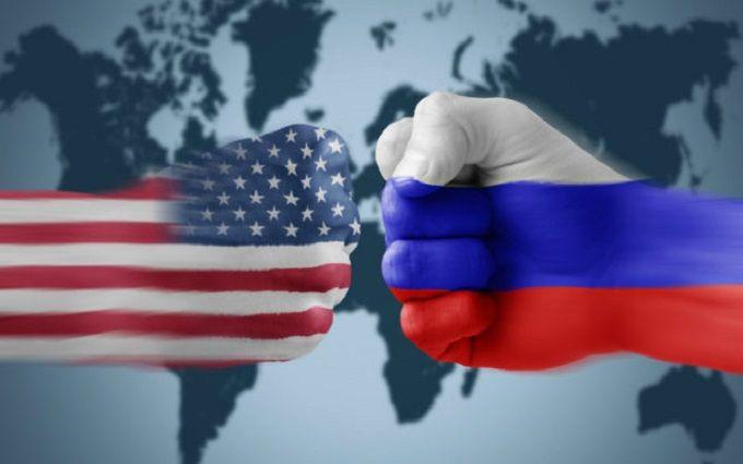 Рекс Тиллерсон утвердил список попадающих под санкции граждан России
