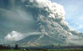 На Филиппинах произошло извержение вулкана Майон