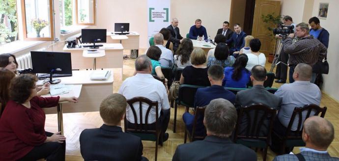 Глава Мін'юсту розповів, як бюро правової допомоги будуть допомагати українцям (2)