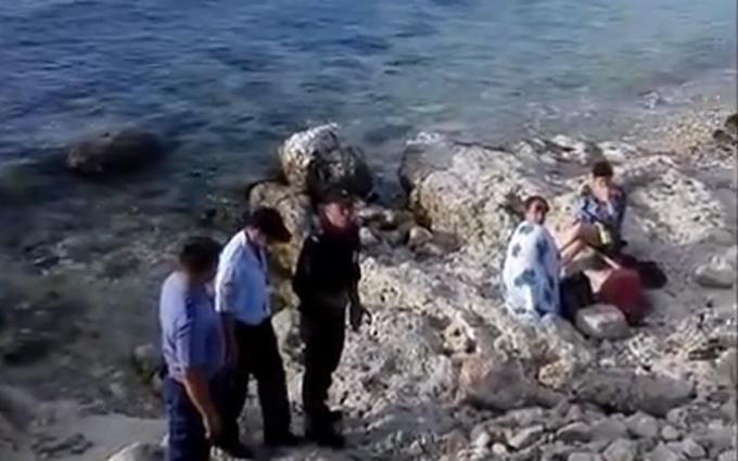 В окупованому Криму відпочивальники збунтувалися проти автоматників: опубліковано відео