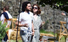"""Как звезды """"Игры престолов"""" Кит Харингтон и Роуз Лесли проводят медовый месяц: появились фото"""