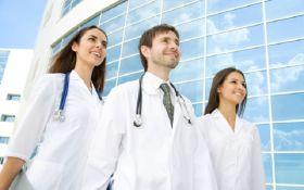 Кабмін звільнив медиків від обов'язкового відпрацювання після вишу