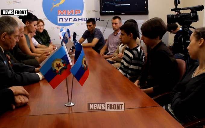 """Як сепаратисти """"виховували"""" студентів за український прапор: з'явилося відео"""