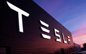 На грани банкротства: Tesla понесла рекордные убытки