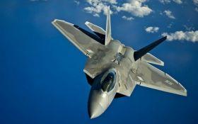 Военные самолеты США вылетали на перехват бомбардировщиков РФ у Аляски - СМИ