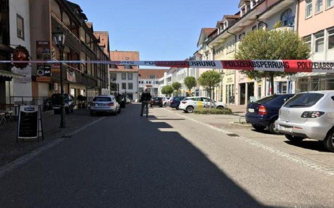У Німеччині невідомий напав на банк та вчинив стрілянину