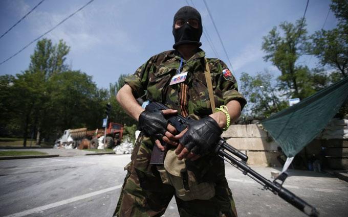 Удома все погано: соцмережі обурило відео з бойовиком ДНР з Росії