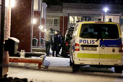Французька поліція виявила третє тіло в квартирі терористів у Сен-Дені