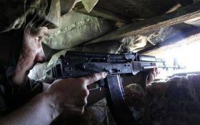 Бойовики продовжують прицільні обстріли на Донбасі: ЗСУ зазнали втрат