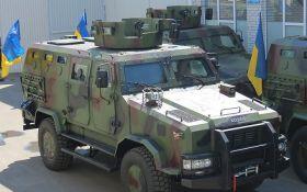 Українська армія взяла на озброєння нову бронемашину: з'явилися фото і відео