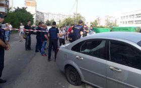 В Киеве произошел вооруженный конфликт между нардепом и горожанами: появилось видео