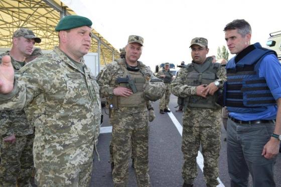 На Донбасс срочно приехал глава Минобороны Британии (1)