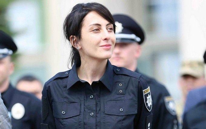 Деканоїдзе зізналася, скільки поліцейських машин встигли розбити копи