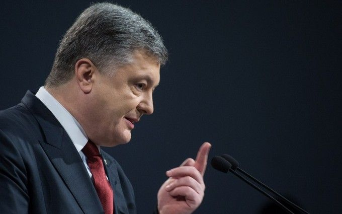 Порошенко назвав єдиний спосіб зупинити війну на Донбасі