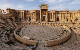 Боевики ИГИЛ разрушили исторический объект в городе, брошенном Россией