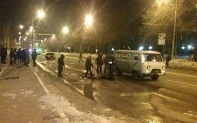 В центре Донецка произошел страшный смертельный взрыв: опубликовано видео