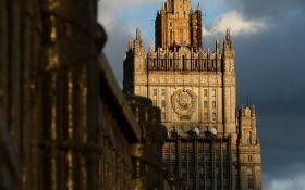 Объявление войны: в России резко отреагировали на закон о реинтеграции Донбасса