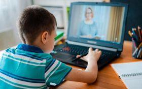 Школи можуть перейти на дистанційне навчання - українцям зробили попередження