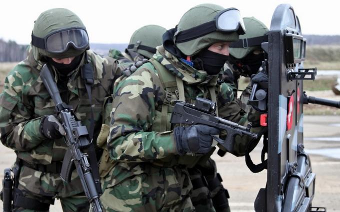 У Жириновского пригрозили послать в Киев спецназ