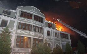 У Києві горів гуртожиток переселенців, гасили майже три години