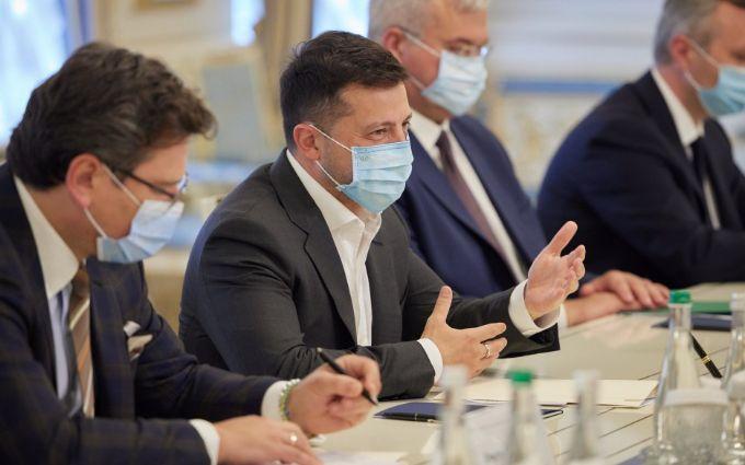 Зеленский призвал международное сообщество к усиленному давлению на Россию