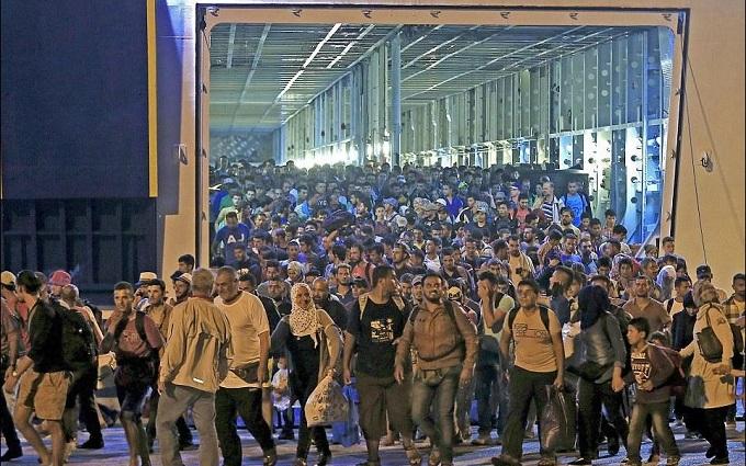 В Европу с начала года прибыли более ста тысяч мигрантов