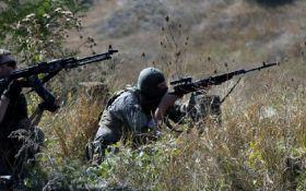 Бойовики з гранатометів і кулеметів атакують сили ООС на Донбасі: серед бійців ЗСУ є поранені