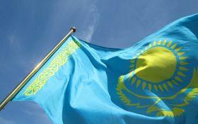 Казахстан объявил об отказе от кириллицы и переходе на латиницу