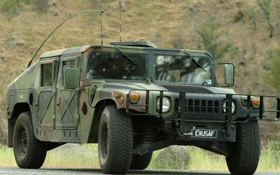 США надасть 40 медичних автомобілів Hummer українським військовим