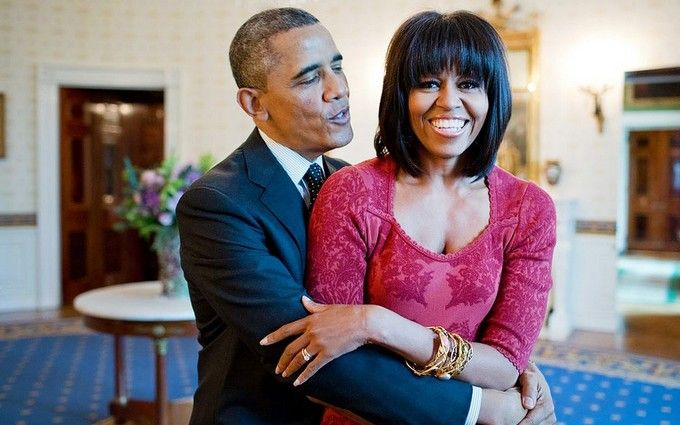 Спустя 25 лет мы все еще веселимся: Мишель Обама показала архивное фото со свадьбы