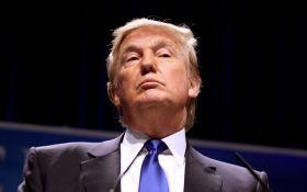 Трамп продовжив санкції проти Ірану ще на рік