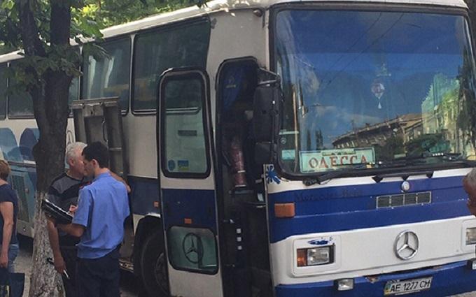 У Дніпрі шукають нападників на рейсовий автобус: з'явилися подробиці і фото