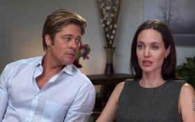 В конфликт Джоли и Питта вмешалась настоящая мать одного из детей