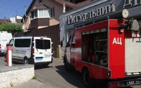 У Києві з гранатомета стріляли у ритуальне бюро