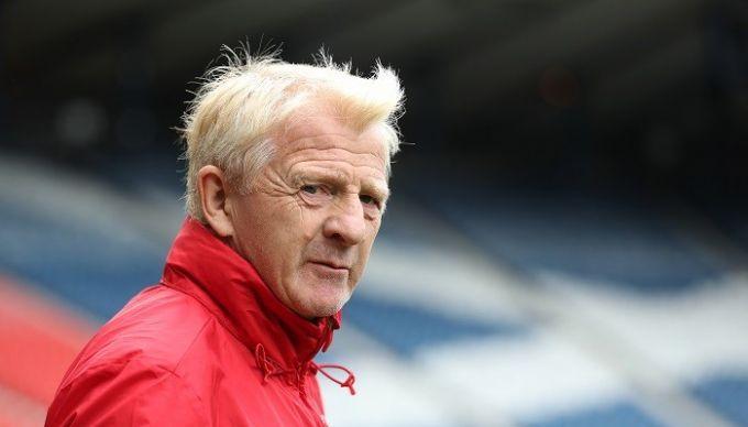 Гордон Стракан уволен споста основного  тренера сборной Шотландии