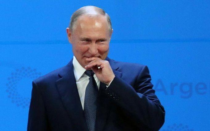Путін дозволив видачу російських паспортів жителям усього Донбасу