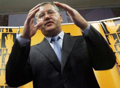 Гриценко поддержал инициативу Тимошенко об объединении оппозиции