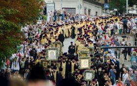Семь исторических святынь пронесут по улицам Киева