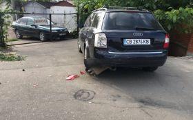 В Одессе водитель влетел в 7 припаркованных автомобилей: опубликованы фото