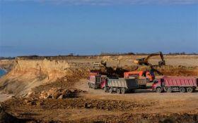Россия почти уничтожила один из самых известных пляжей Крыма: опубликованы фото