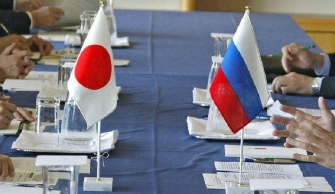 РФ является ключом к решению вопросов Сирии и Северной Кореи - Глава МИД Японии