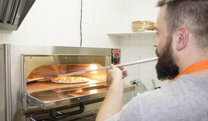 Жар печи вместо жара боя: пиццерия ветеранов АТО