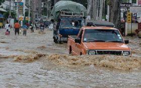 """Тайфун """"Дамрі"""" у В'єтнамі: загинуло 44 людини, 19 зникли безвісти"""