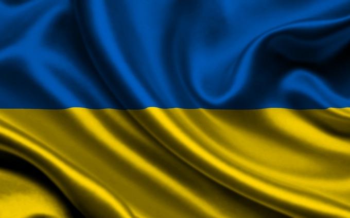 У Миколаєві невідомі осквернили прапор України: з'явилося фото