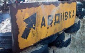 Розп'ятих хлопчиків підвезли: мережу розбурхала нова пропаганда про Донбас