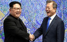 """""""Давайте встречаться чаще"""" Ким Чен Ын пересек границу Южной Кореи (видео)"""