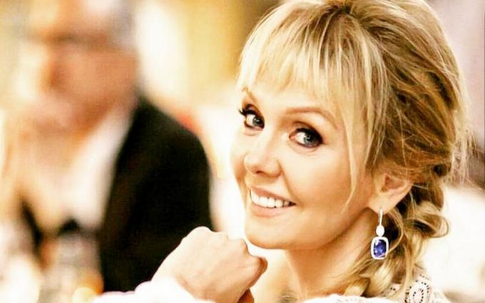 Російська зірка шокувала відвертим вбранням: опубліковані фото