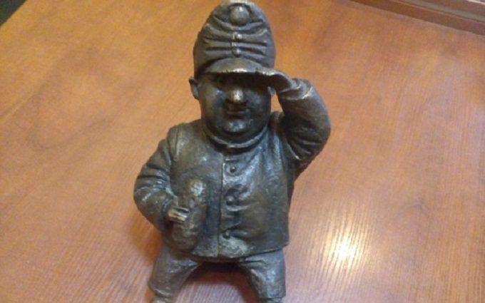 В Одесі знайшли викрадача скульптури солдата Швейка